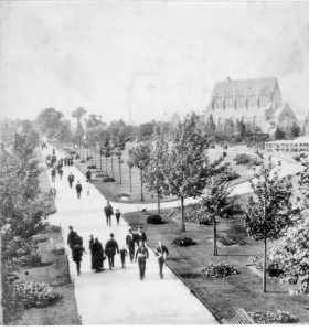 People promenading in the park circa 1890 courtesy of Portsmouth Museums