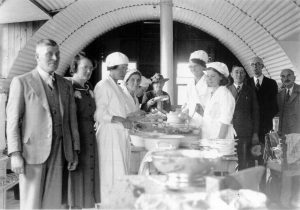 Inside a British Restaurant women serving food circa 1941 Image courtesyof Portsmouth Museums